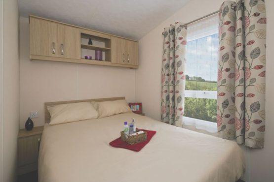 cyprus-bedroom-2