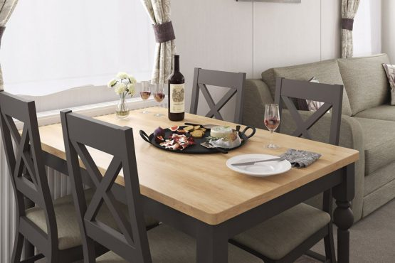 2020_swift_bordeaux_dining_table